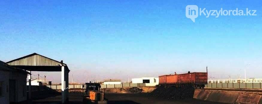 На склады Кызылорды прибывает уголь, фото-1