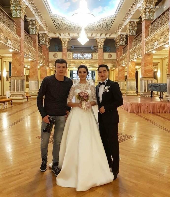 Актер и новоиспеченный депутат Асылхан Толепов женился, фото-1