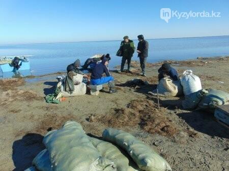 Задержали браконьеров выловивших более 200 кг рыбы, фото-1