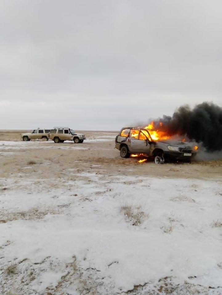 Браконьеры из Кызылординской области сожгли машину, чтобы скрыть улики (фото), фото-1