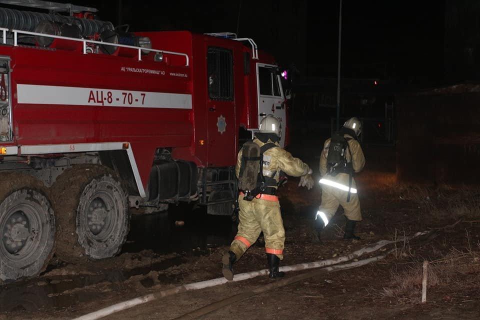 В Кызылорде при пожаре в многоквартирном доме эвакуировали 73 человек (фото), фото-5